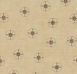 Seven Seas - kleine Kompasse auf beigem Hintergrund by Windham Fabrics